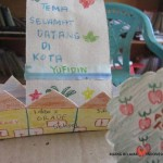 Marlita - English on The Road Membuat Maket Desa (16)
